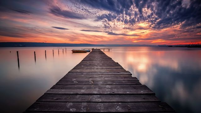 znajdz-cicha-przestrzen-nad-jeziorem.jpg